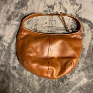 Supple 9226 British tan leather hobo bag